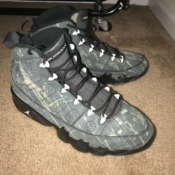 pretty nice e1169 5a6ab Air Jordan 9 Anthracite Custom (Size 10)